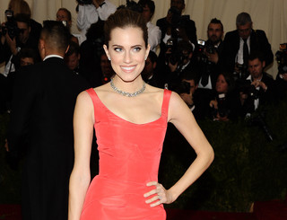 Allison Williams headed skyward as NBC's Peter Pan