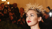 Miley Cyrus hospitalized for allergic reaction, cancels Kansas City show