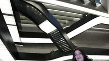 Top architect Hadid files defamation lawsuit over book review