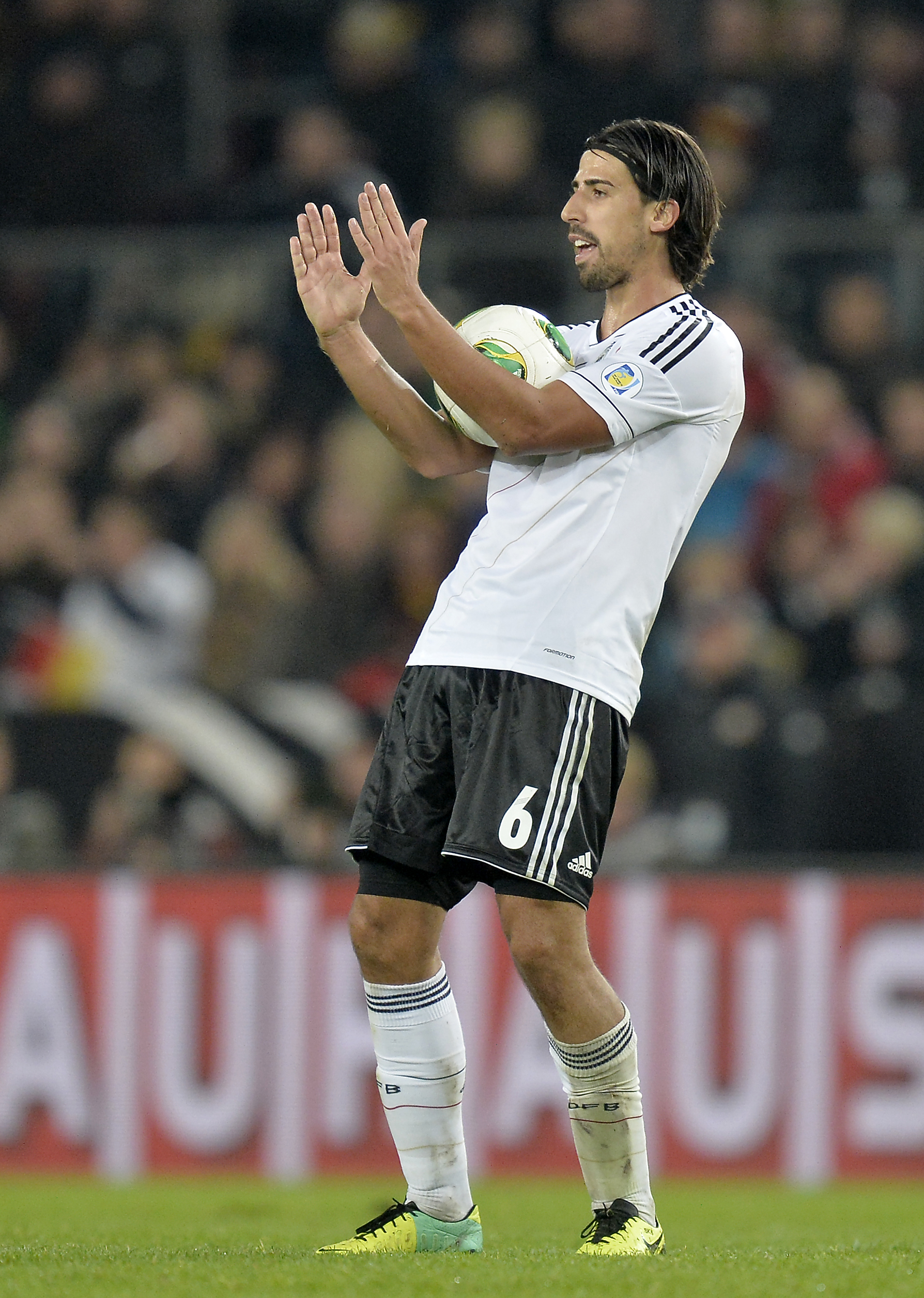 Khedira deals Gunners January transfer window blow