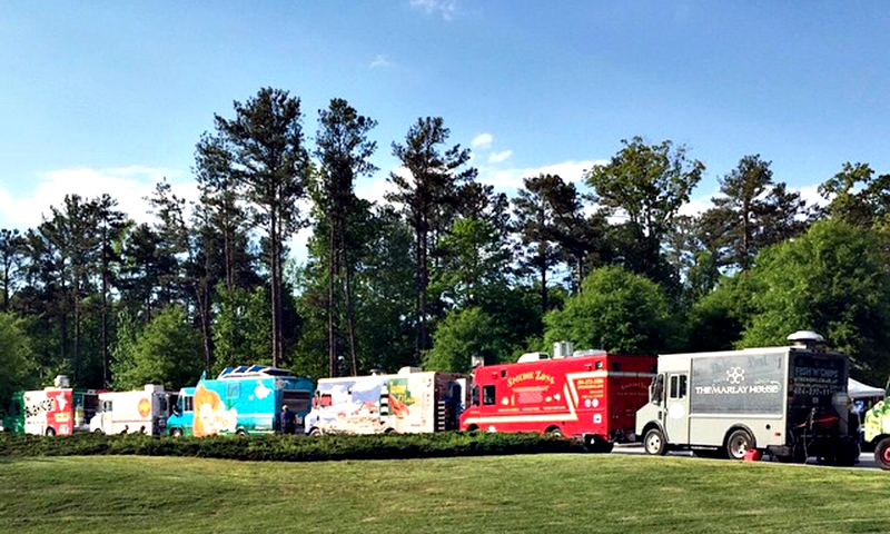It's a feast on wheels during Dunwoody Food Trucks Thursday. (Nichole Miles)