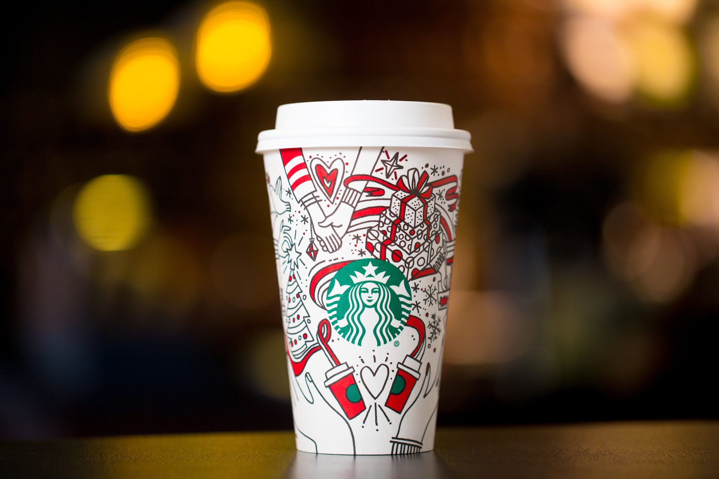 Starbucks_Holiday_Cup_2017_(2).JPG