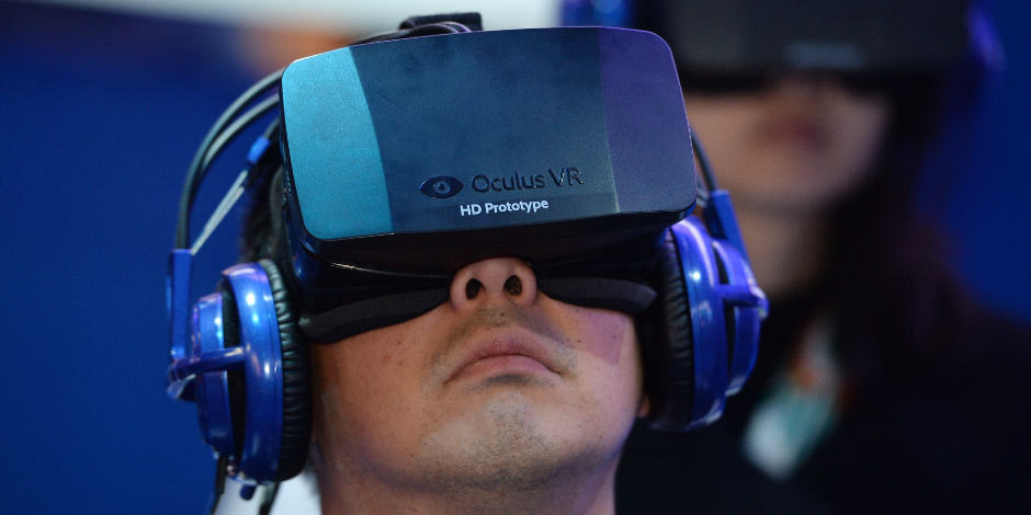 An attendee wears an Oculus Rift HD virtual-reality head-mounted display at the Intel booth at the 2014 International CES on Jan. 9, 2014, in Las Vegas