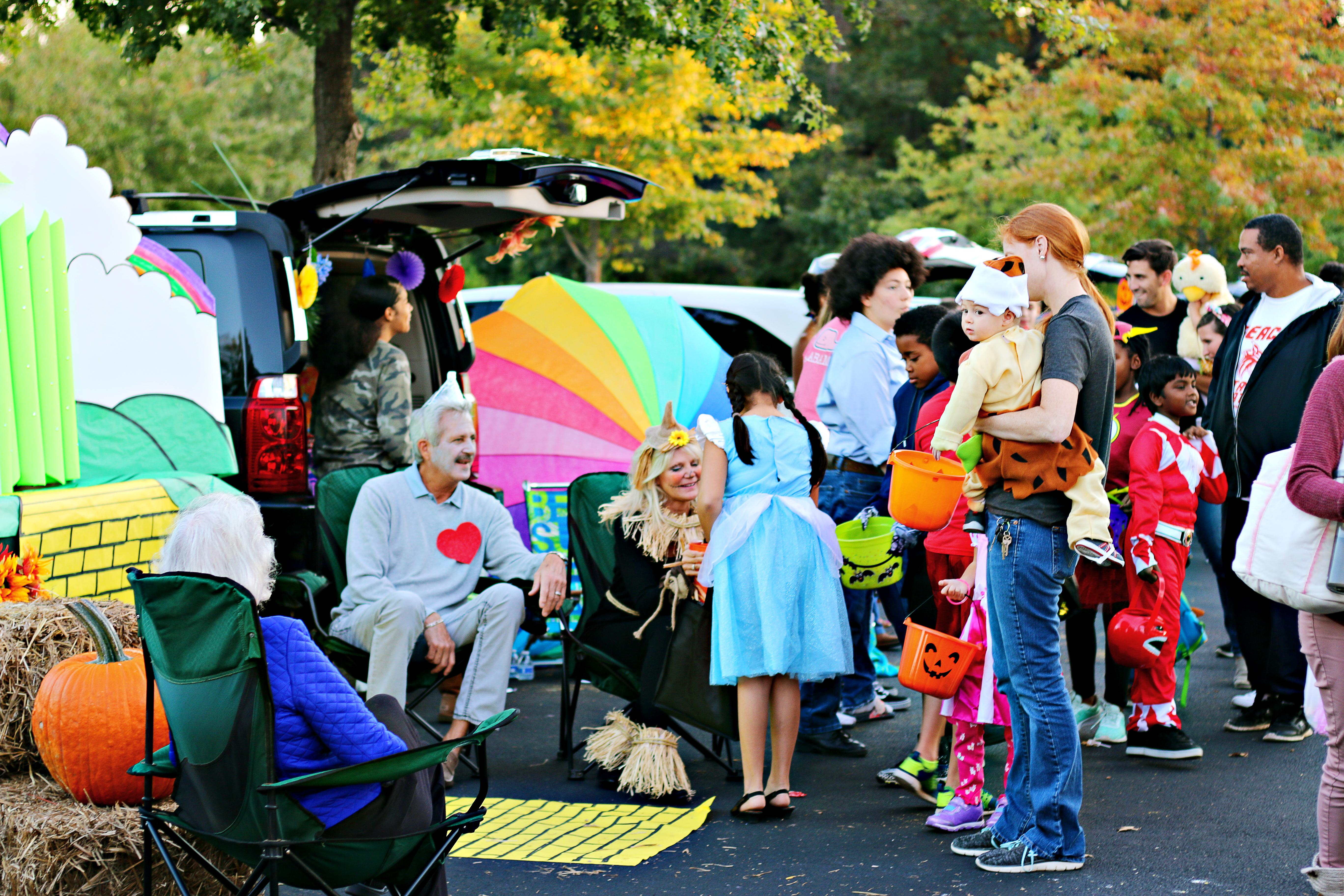 Find Fall Fun in Atlanta: Apple Picking, Pumpkins, Football and More_Halloween_Joleen Pete