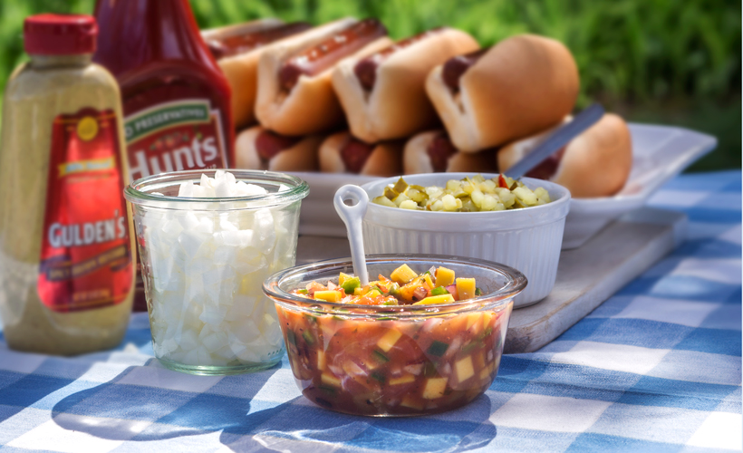 grilled-hot-dog-condiments