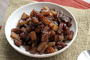 Apple Sage Chutney Eats Well with Others.jpg