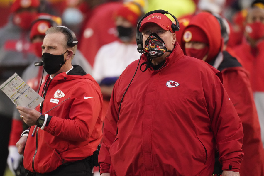 Chiefs bonding through pandemic in bid for Super Bowl repeat