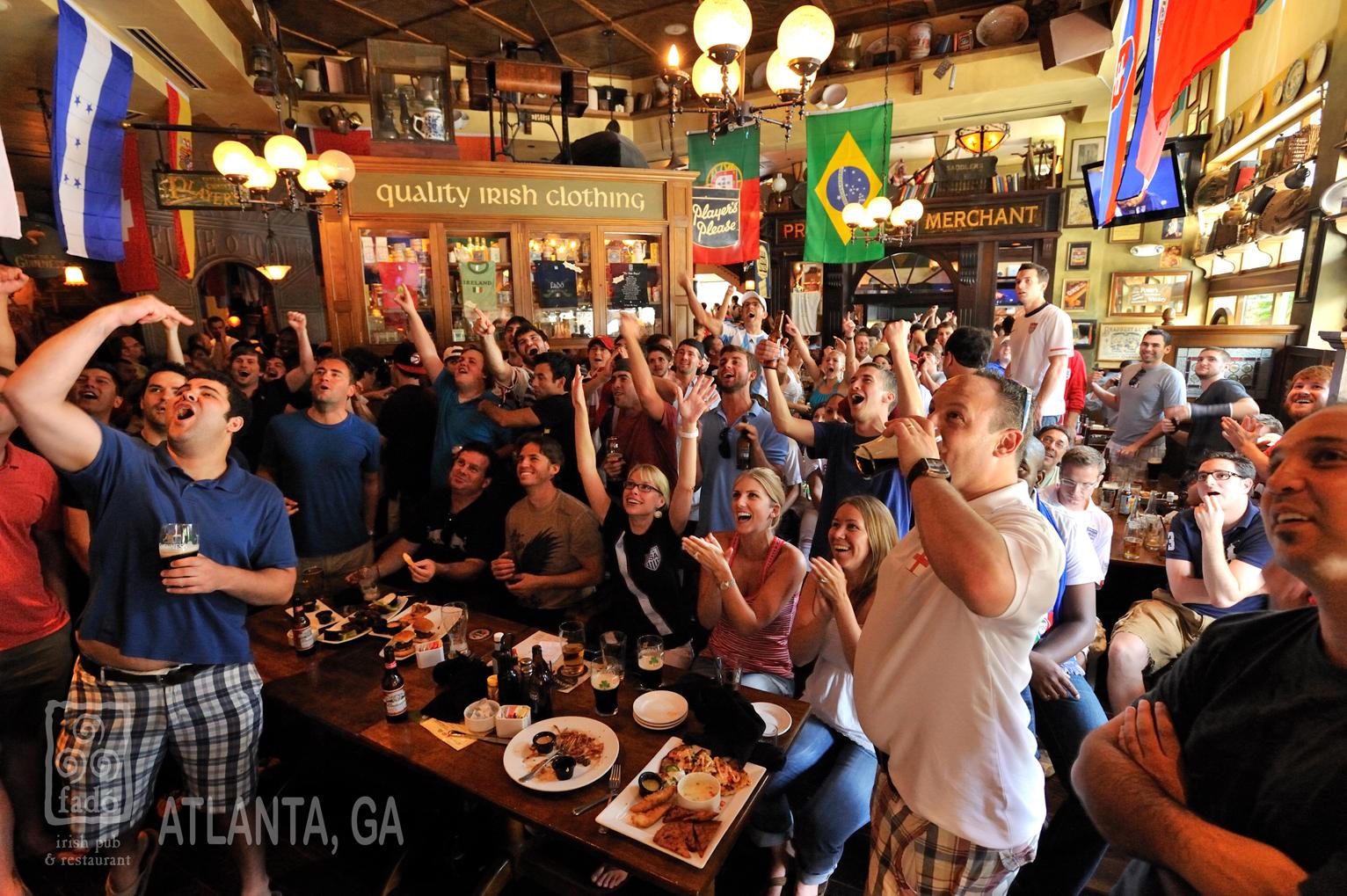 AtlantaFadosIrishPubCrowd.jpg