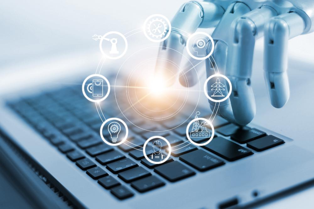 メインビジュアル : RPAとは?RPAと専用ソフト、自社に最適な自動化はどっち?