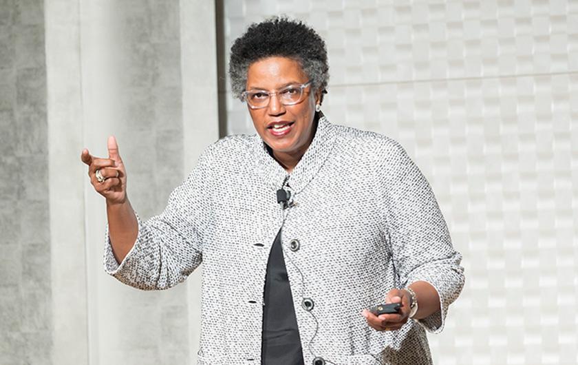 メインビジュアル : 世界の経営思想家トップ22、リンダ・ヒル教授が語る「ハーバード流、逆転のリーダーシップ」