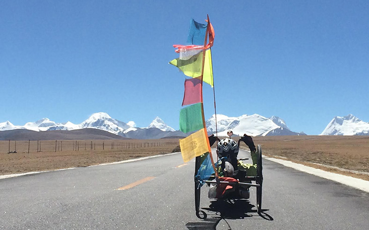 Handcycling across the Himalayas
