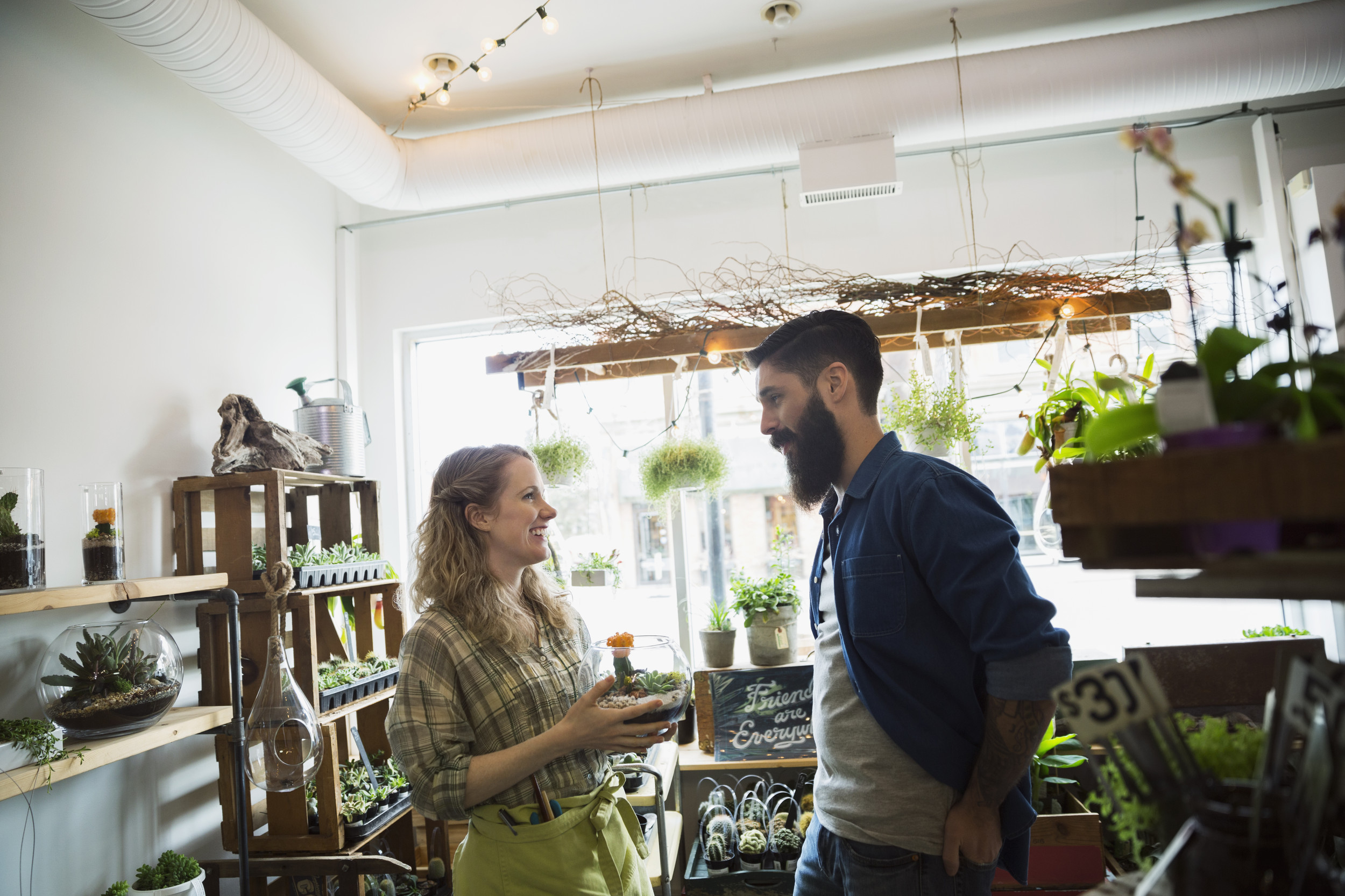 8 ways to pay attention to customers