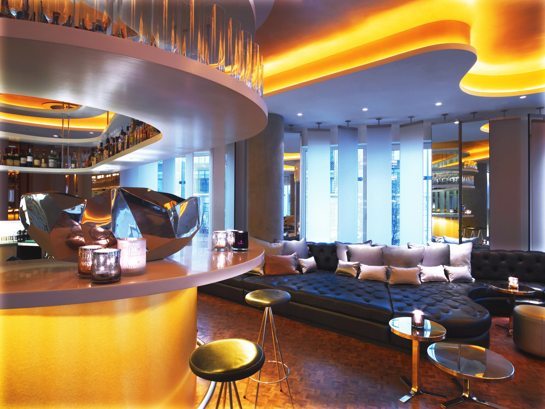 london bar .jpg