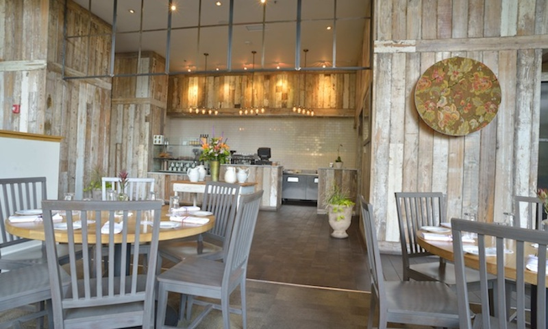 Bright and upscale, White Oak is perfect for a business lunch or celebration.