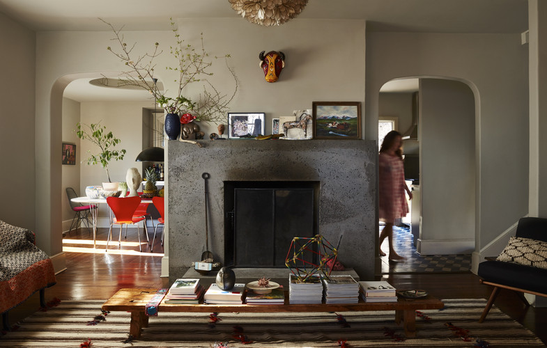 Bloomsbury in the Bronx: At Home with Livia Cetti and Family