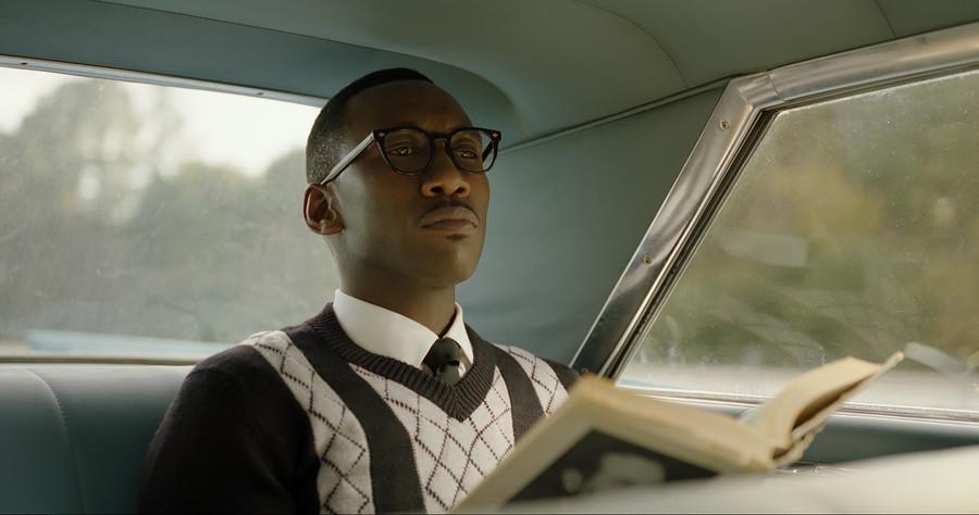 'Blade' and 'Superman' Overlap in Search for Black Filmmakers: 'Some Directors Met Both Studios'