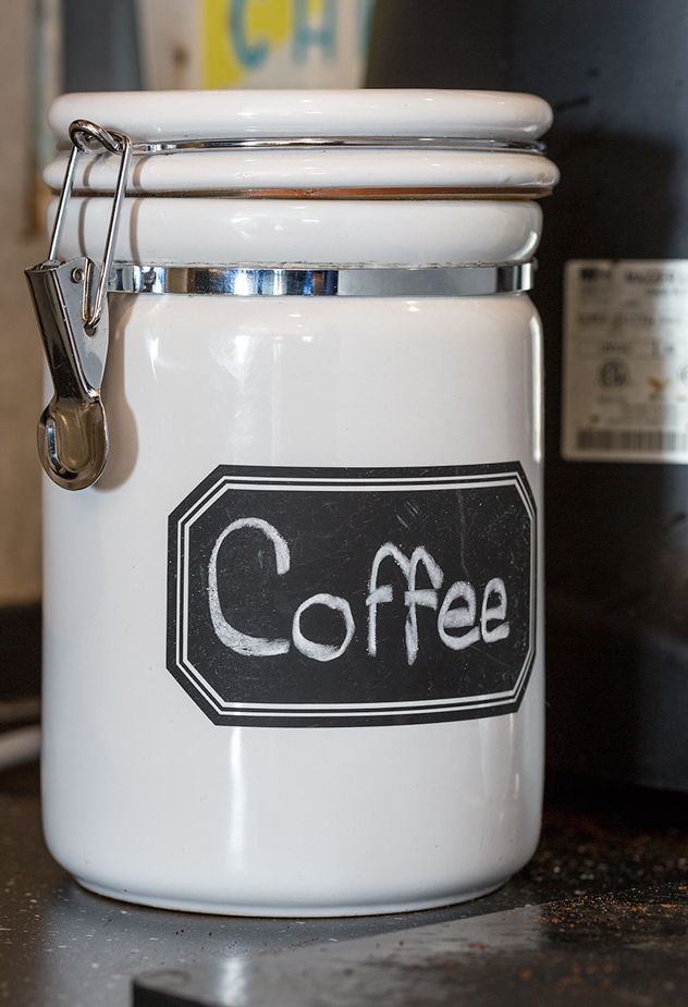 Coffee-Shop_ceramic-container-gourmet-coffee-at-home_Original-Photography_Brew-Brew-Coffee-Shop_Barist-Tips_Reddi-WIp.jpg