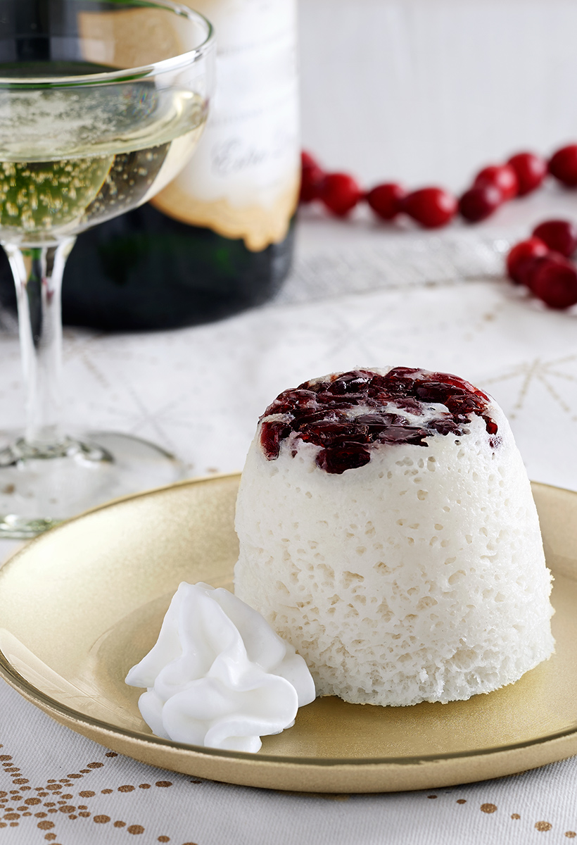 Cranberry-Champagne-Quick-Mug-Cake-Recipe_vertical-crop.jpg